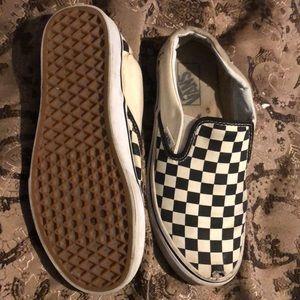 10$ checkered vans